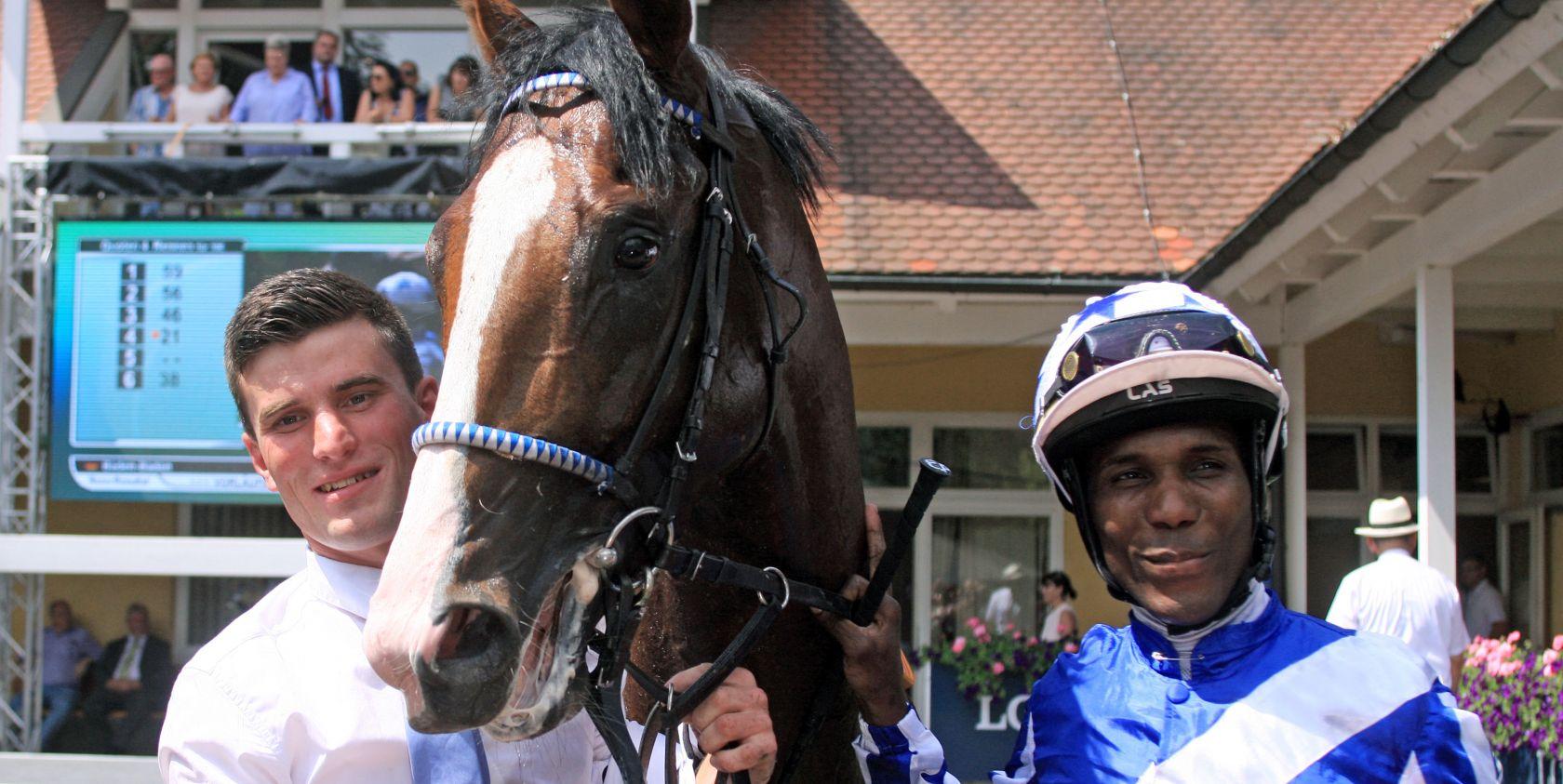 Royal Youmzain mit Eduardo Pedroza nach dem Sieg im Ittlingen Derby Trial Copyright: Sorge/Galoppfoto.de