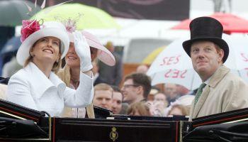 Earl of Derby - Gruß aus England zum Jubiläums-Derby