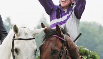 Starkes 7. Streich: Kölner Starjockey setzt Derby-Siegesserie mit Nutan fort!