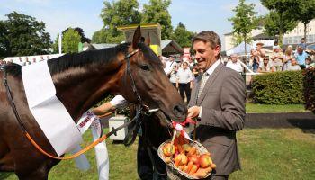 Proudly presents: Derbysieger Windstoß auf der Rennbahn in Köln